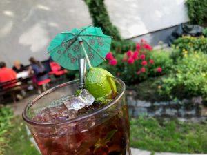 Cocktails beim allskills Training Hoffest